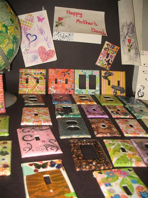 Mother's Day art projects – 5th grade students at Lent