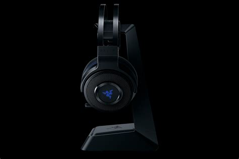 Razer Thresher Ultimate for PS4 - Wireless Gaming Headset