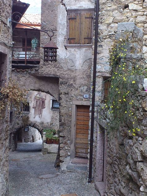 143 best EUROPE : Old Cobblestone Streets images on