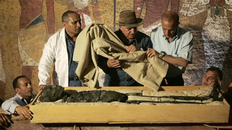What Killed King Tut? - HISTORY