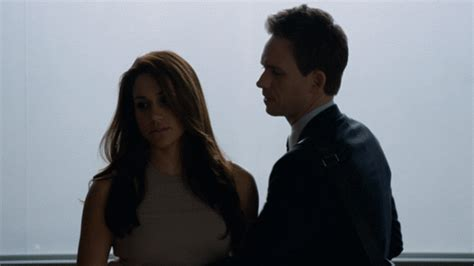 Reasons We Love Donna | Gif Photos | Suits | USA Network