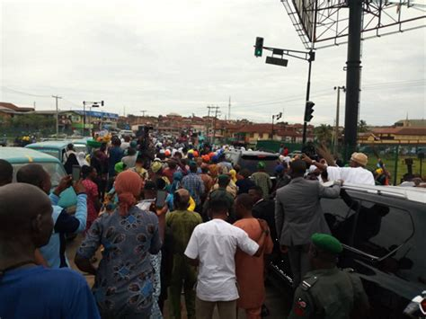 PHOTOS: APC supporters celebrate Oyetola's victory at