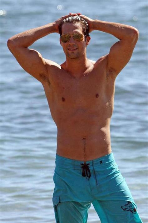 James Maslow Height, Weight, Age, Body Statistics
